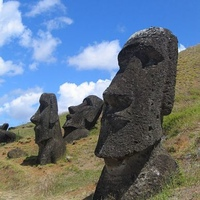 05-easter-island.jpg