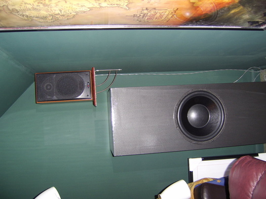 How To Mount A Heavy Bookshelf Speaker On Wall For