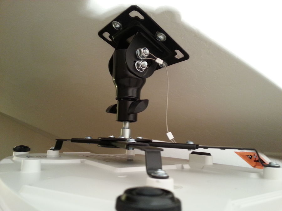Cheetah Mounts APMFB Black Universal Projector Ceiling Mount