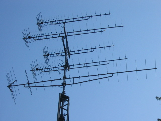 Stacking Vhf High Vhf Low And Uhf Antenna Vs An All Band