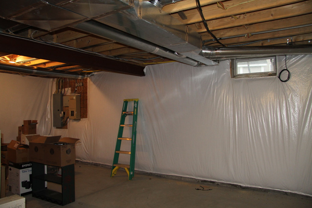 Rockbridge cinema aka big frank 39 s basement theater avs for Basement wall insulation blanket