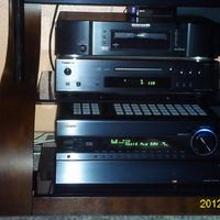 Replaced the Onkyo C7030 with a Teac H600, mucho mejor! AVR soon to be upgraded to the awesome 818!