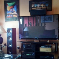 Polk M70s, M40s, CS2, LG 60PV450, Onkyo HT-RC180, Onkyo C-7030, Marantz BD7004, Dual 1218, HSU VTF-2 MK4