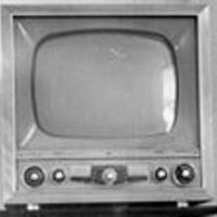 120px-Television_set_from_the_early_1950s_crop.jpg
