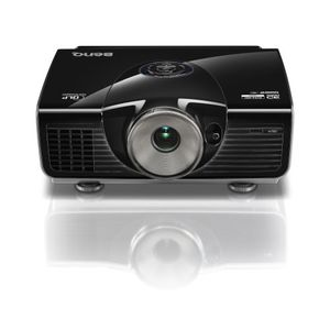 BenQ W7000 DLP Projector 2000  1080P