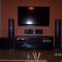 "TV: 65"" Sharp (Aquos, LC-65D93U)
