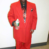 beetlejuice_redsuit.jpg