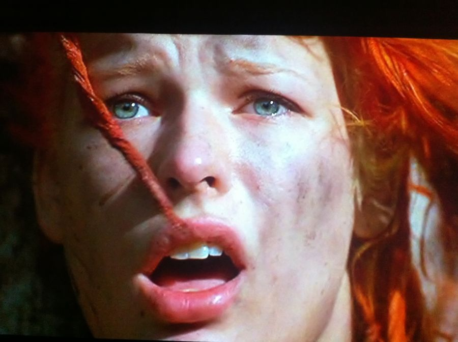 Close-up - 5th Element screen shot - using iPhone 4