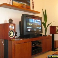 "Marantz DV6600 + SR5600, Acoustic Reality eAR202Ref, Bowers & Wilkins CM1, Anthony Gallo Micro, BK Gemini, Loewe Xelos 5381ZW 32"", Roku Soundbridge M1000, PS2 slim"