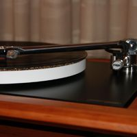 The lovely Ortofon Jubilee moving coil stylus, truly a celebration of vinyl !