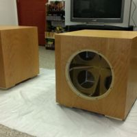 "15"" Sealed Rythmik DS1510 woofer and PEQ600XLR3 amp X2"
