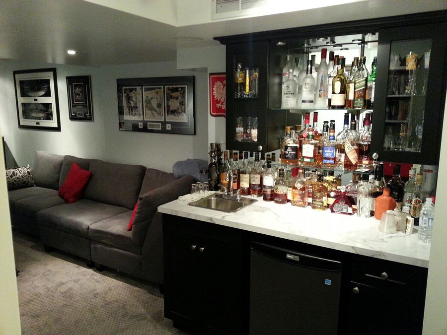 Opening the space up makes for much quicker/easier access to the bar, and that new bar was finally Christened.