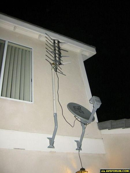 Installed by yours truly as well.  Note the fine tuning on the antenna.  I'm in a spot in San Diego where two towers are 60 degrees apart, both obviously aiming south to southwest.  This tuning method accomplishes near perfect reception w/o...
